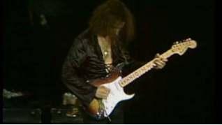 Смотреть клип Deep Purple - Smoke on the Water онлайн
