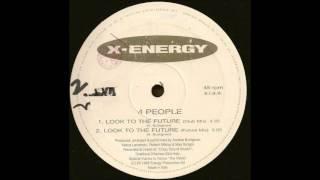 Смотреть клип 4 People - Look To The Future (Club Mix) онлайн