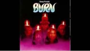 Смотреть клип Deep Purple - Lay Down, Stay Down онлайн
