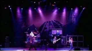 Смотреть клип Deep Purple - Almost Human онлайн